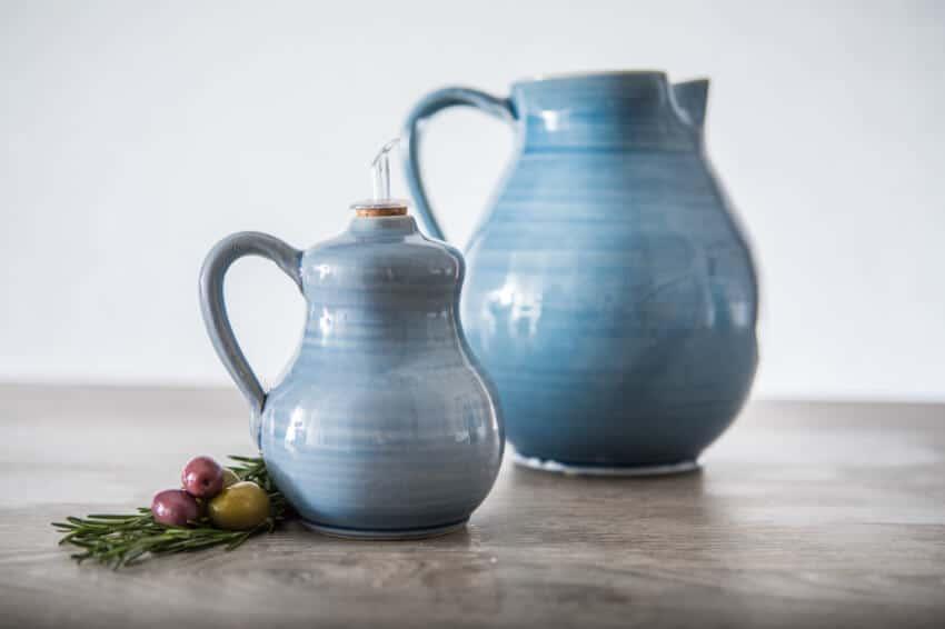 Torres-Ferreras-Spanish-Ceramics-Cielo-Wide-Jug-Lr-1