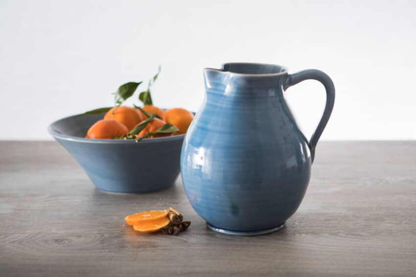 Torres-Ferreras-Spanish-Ceramics-Cielo-Wide-Jug-Lr-2