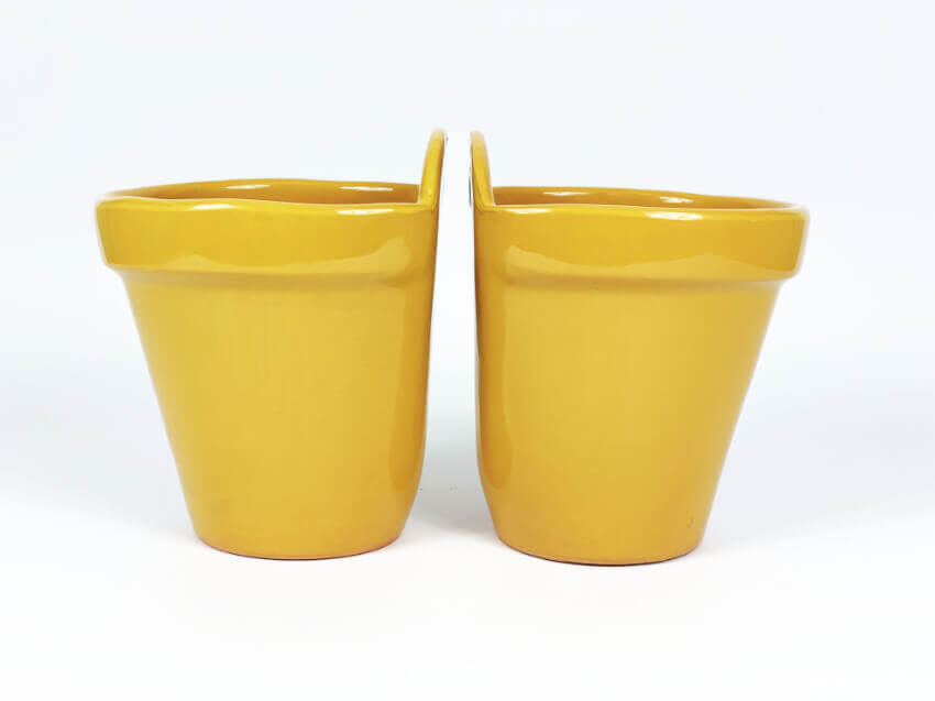 Verano-Ceramics-Selena-Classic-Hanging-Pot-SPHPM20and23cm-Mustard-Set-of-2-(2)