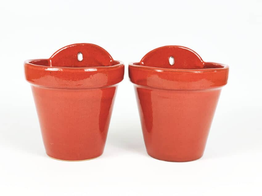 Verano-Ceramics-Selena-Classic-Hanging-Pot-SPHPM20and23cm-Red-Set-of-2