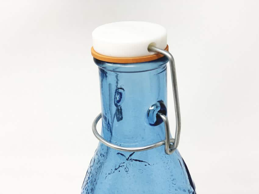 Verano-Recycled-Glass-Beyond-the-Sea-Bottle-and-Glasses-5