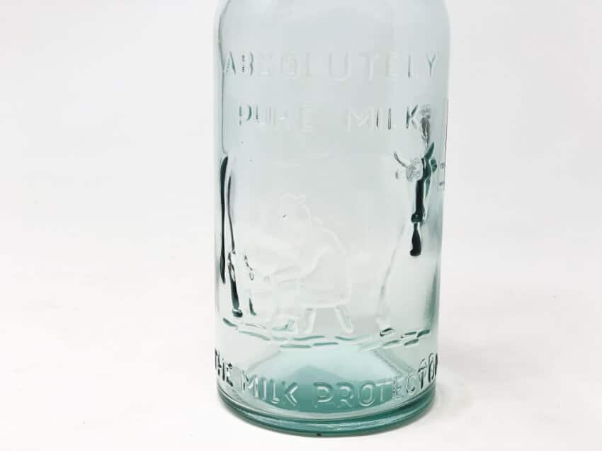 Verano-Recycled-Glass-Creative-Entertaining-Absolute-Milk-Bottle-2