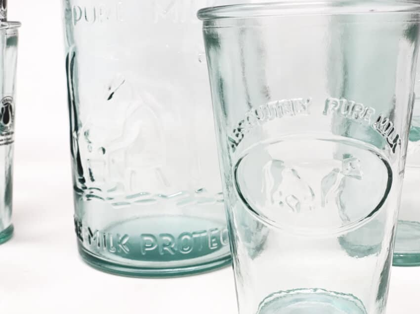 Verano-Recycled-Glass-Creative-Entertaining-Absolute-Milk-Bottle-And-Tumblers-4