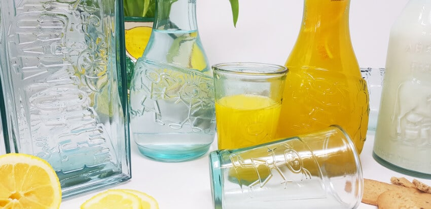 Verano-Recycled-Glass-Creative-Entertaining-Boy-And-Girl-Together-Decanter-And-Tumblers-Lifestyle-2