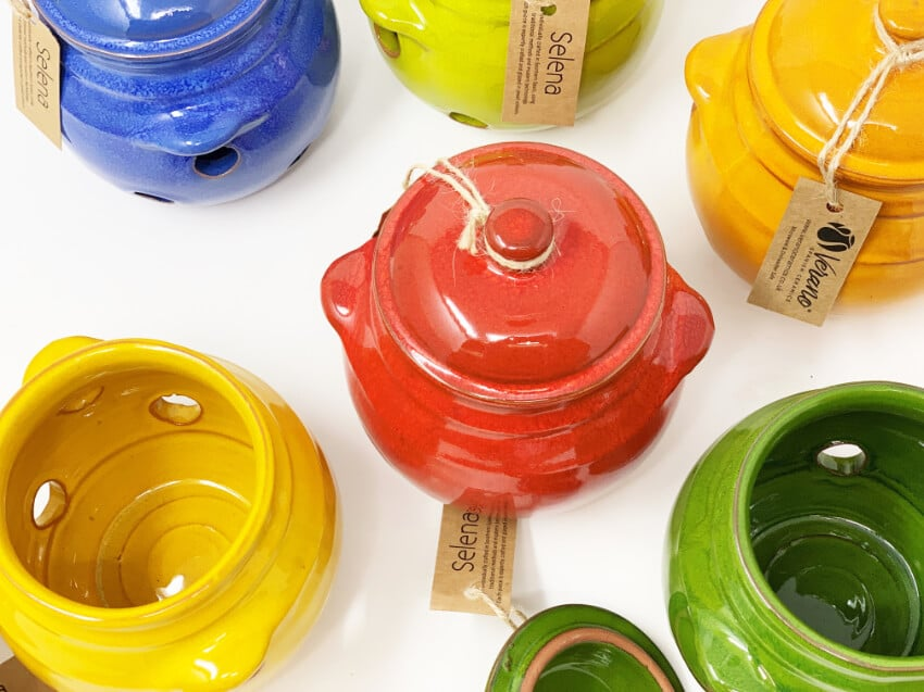 Verano-Spanish-Ceramics-Selena-Garlic-Jar-Group-5