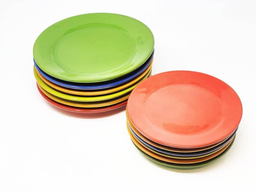 Verano-Spanish-Ceramics-Selena-Plates-Large-And-Small-Stacked-3