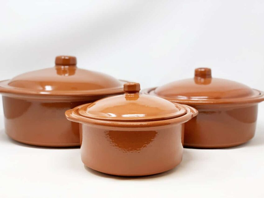Verano-Ceramics-El-Toro-Collection-Casserole-Dish-With-Lid-Group-2