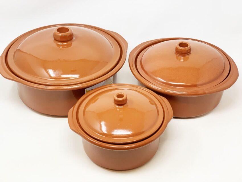 Verano-Ceramics-El-Toro-Collection-Casserole-Dish-With-Lid-Group