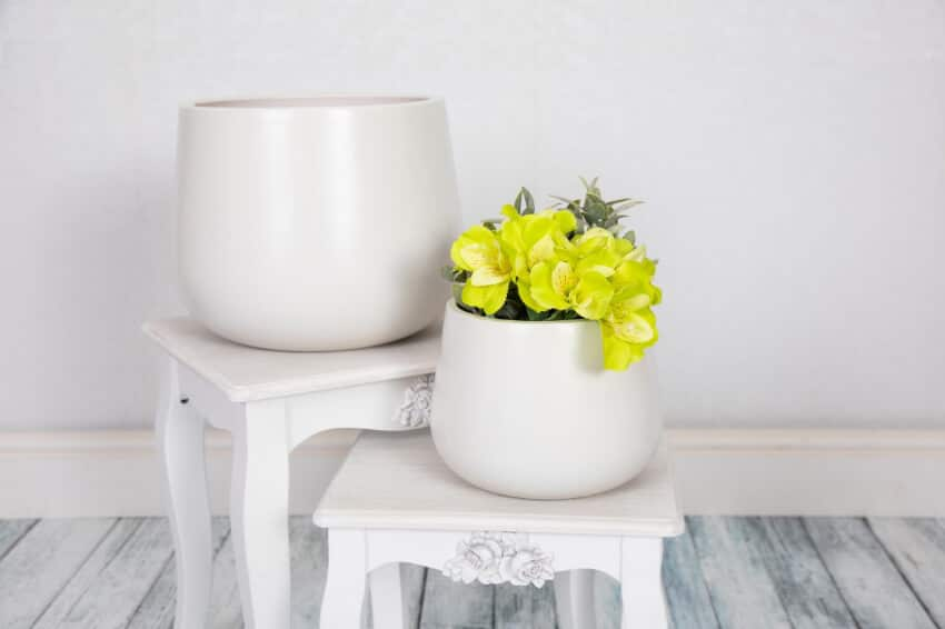 Indoor Textured Cylinder Plant Pots - White