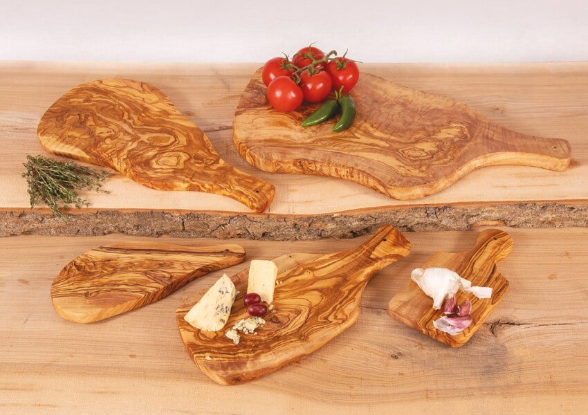 Verano-Ceramics-Olive-Wood-Boards-with-Handles-Group-1