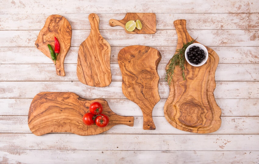 Verano-Ceramics-Olive-Wood-Boards-with-Handles-Group-2