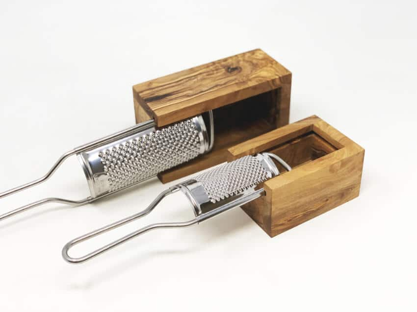 Verano-Ceramics-Olive-Wood-Grater-with-Box-Group-2