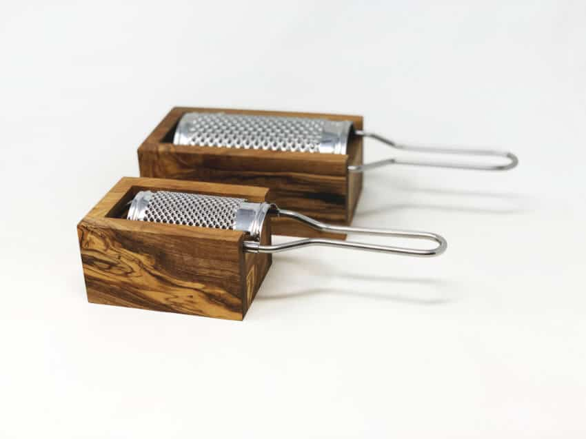 Verano-Ceramics-Olive-Wood-Grater-with-Box-Group-3