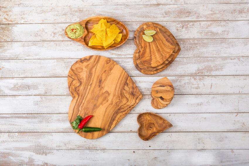 Verano-Ceramics-Olive-Wood-Heart-Shaped-Boards-Group-1