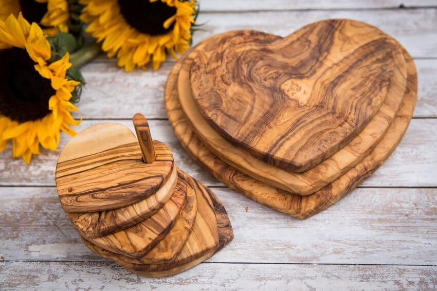 Verano-Ceramics-Olive-Wood-Heart-Shaped-Boards-Group-3