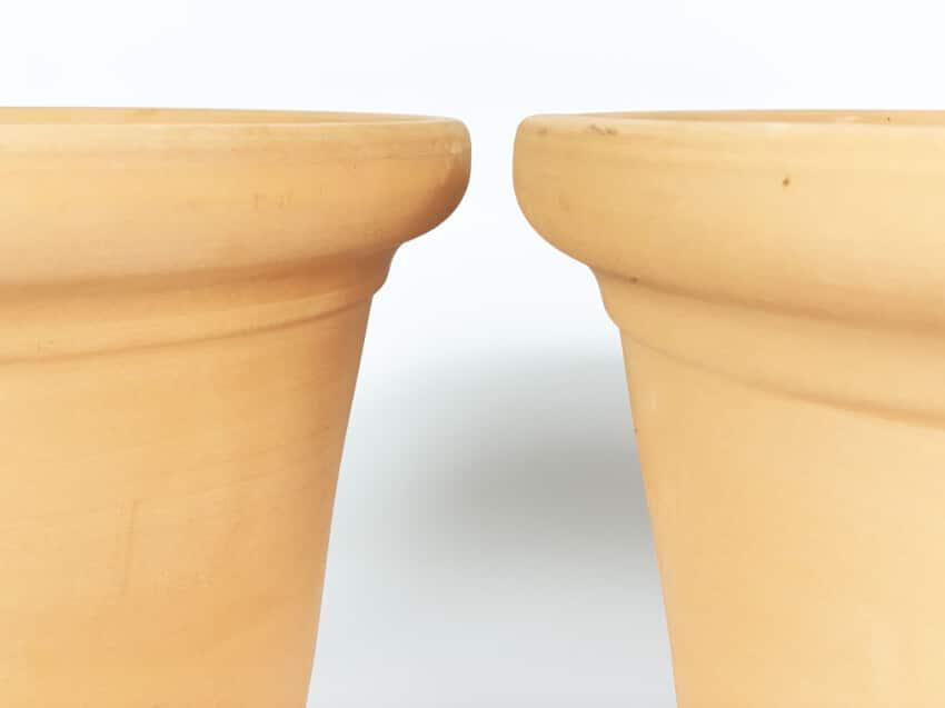 Verano-Ceramics-Spanish-Terracotta-Set-of-2-PT-RP25and32-Rimmed-Planter (3)-5