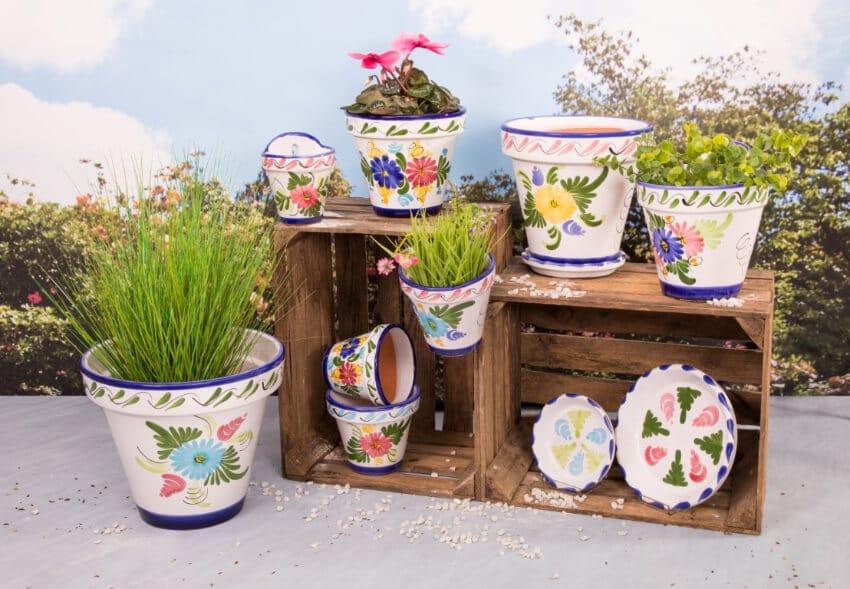 Traditional Spanish - Hand Painted Floral Pots