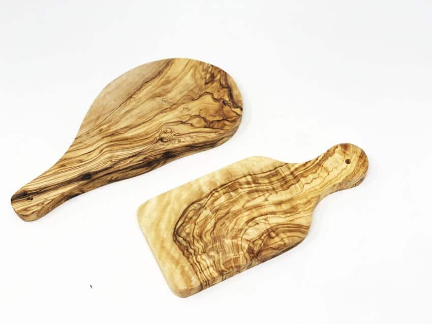 Verano-Olive-Wood-Chopping-Boards-With-Handles-Mixed-Lgb-&-Gab-2