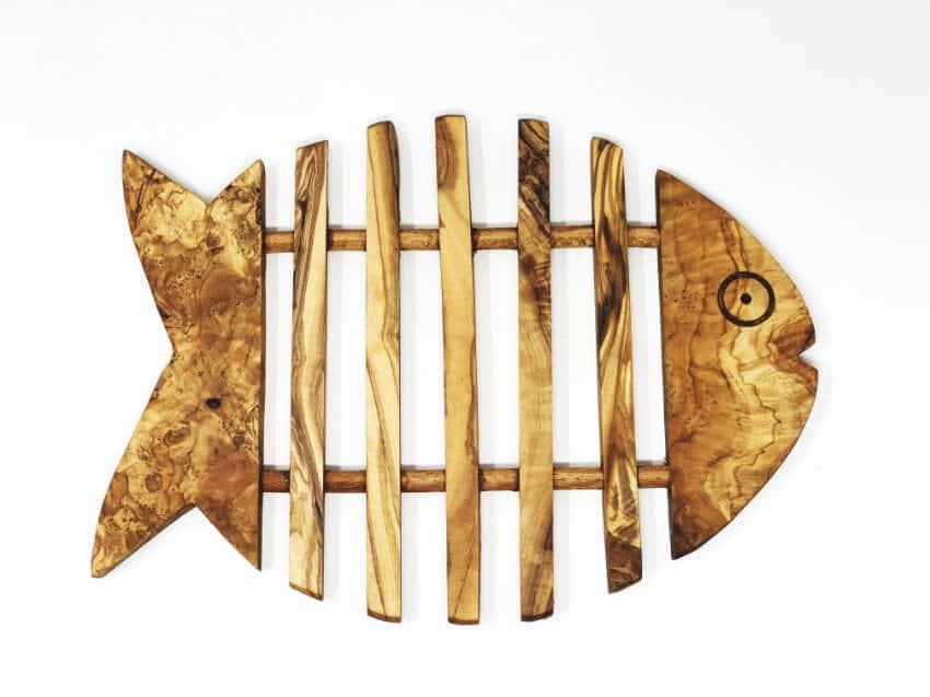 Verano Olive Wood Fish Trivet 2