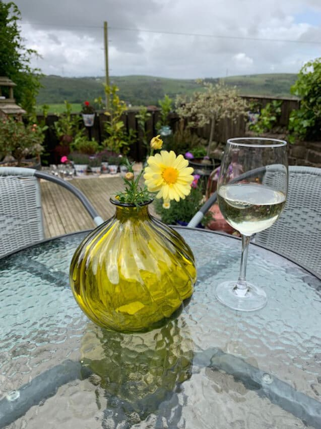 Verano-Recycled-Glass-Ola-Round-Vase-Yellow-Lifestyle