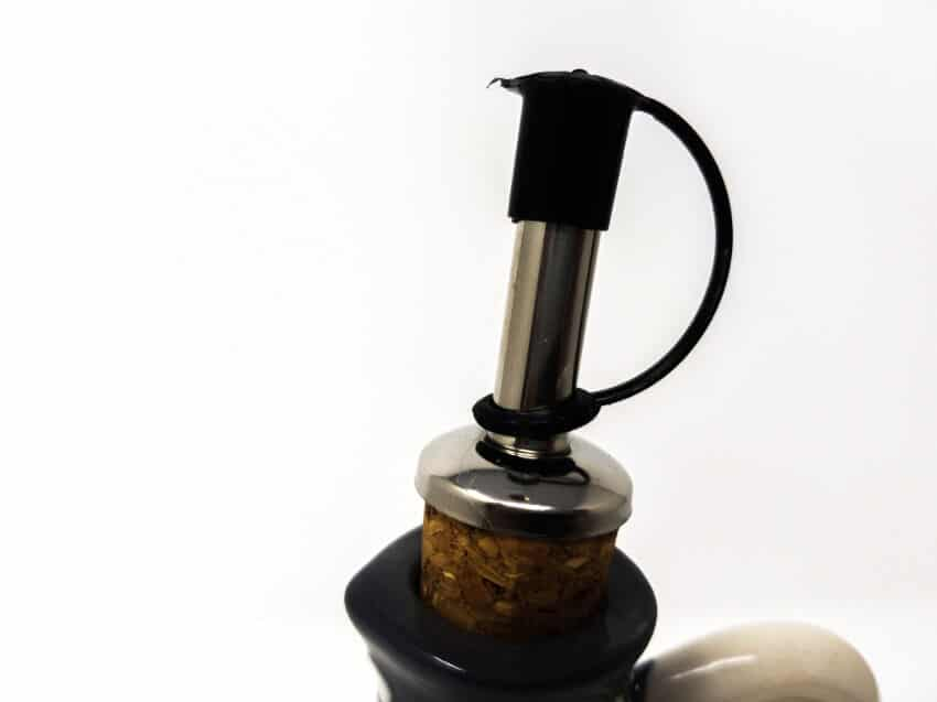 Verano-Spanish-Ceramics-Farmhouse-Oil-Drizzler-4