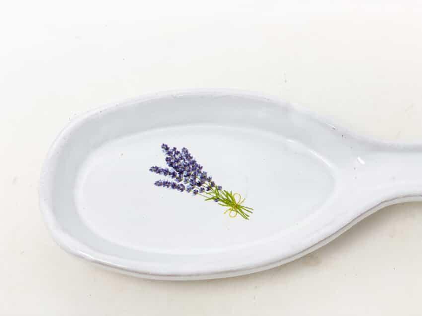 Verano-Spanish-Ceramics-Lavender-Spoon-Rest-2