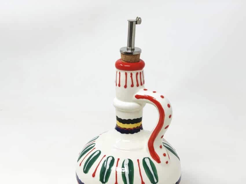 Verano-Spanish-Ceramics-Poncho-Oil-Drizzler-3
