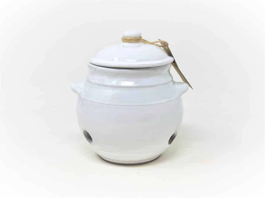 Verano-Spanish-Ceramics-Rustic-Pastel-Garlic-Jar-1