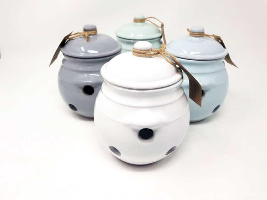 Verano-Spanish-Ceramics-Rustic-Pastel-Garlic-Jar-10