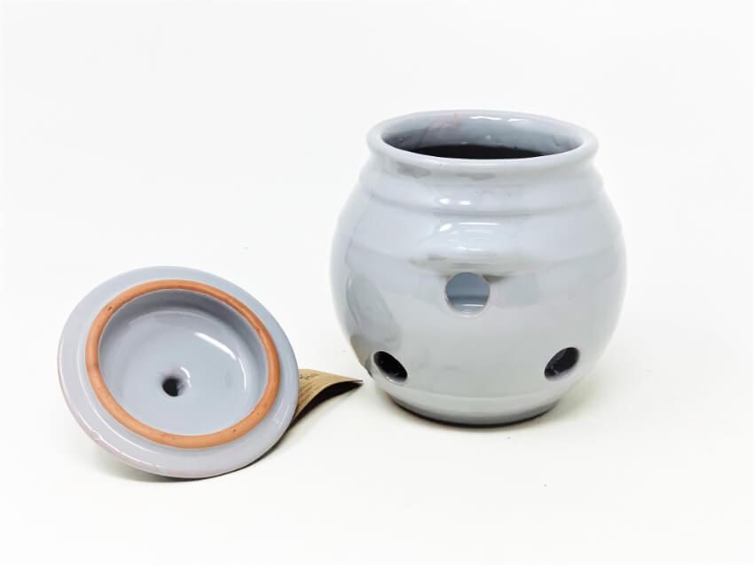 Verano-Spanish-Ceramics-Rustic-Pastel-Garlic-Jar-6