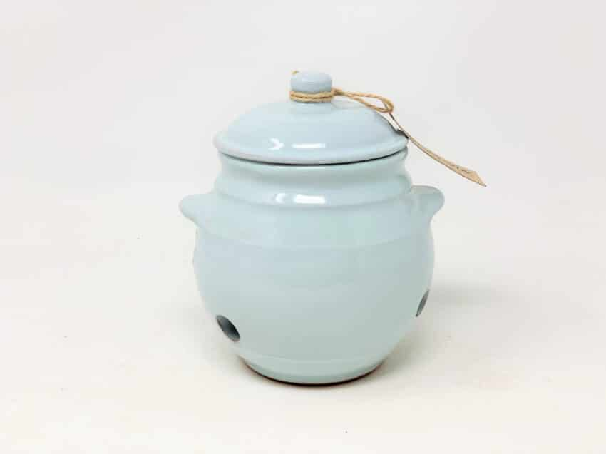 Verano-Spanish-Ceramics-Rustic-Pastel-Garlic-Jar-7