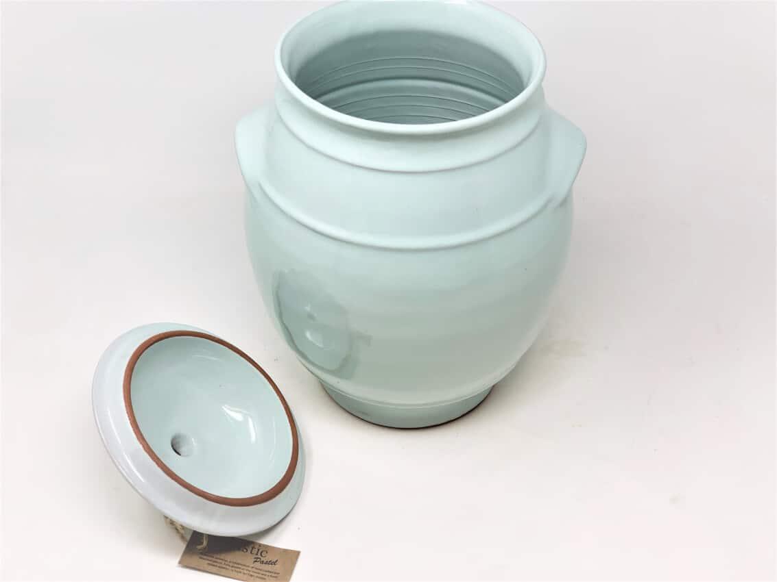 Verano-Spanish-Ceramics-Rustic-Pastel-Large-Storage-Jar-Pale-Green-2