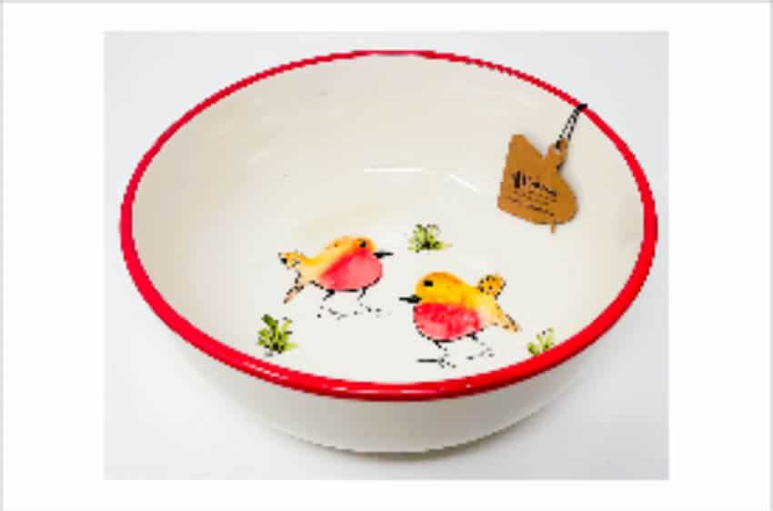 Verano Spanish Ceramics Christmas Robin Ceramic Collection Fruit Bowl Red
